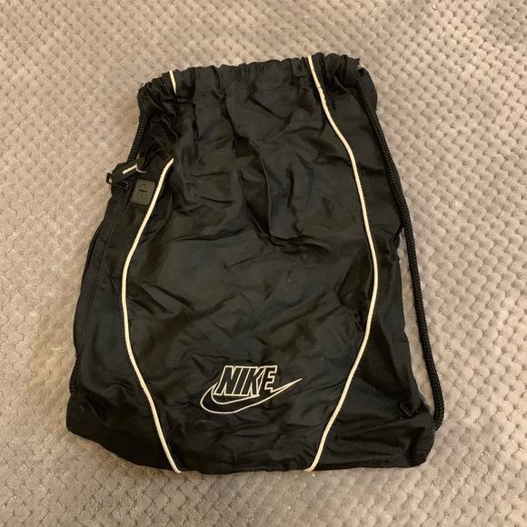 Nike Handbags - Nike Drawstring Bag